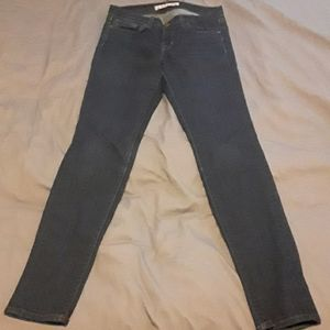 Good condition- J Brand ankle length skinny
